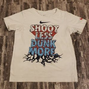 NIKE BASKETBALL COTTON T-SHIRT